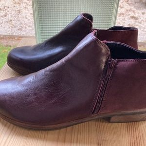 NAOT Double Zip Low Ankle Boot Wine Color W9